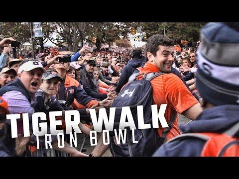 Follow Jarrett Stidham, Kerryon Johnson through Auburn's most epic Tiger Walk of 2017