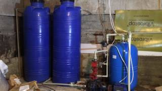 видео Накопительная ёмкость. Зачем нужна и как собрать самостоятельно/Water storage tank.