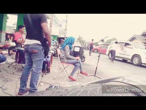 are_band-rebon---konser-amal-untuk-lombok-lokasi-bojong-tarumajaya-bekasi