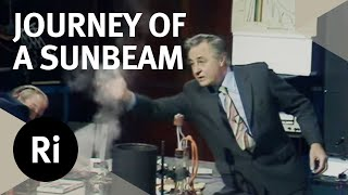 What Happens To Sunbeams On Their Journey To Earth? - Christmas Lectures with George Porter
