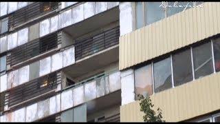 видео ШОК! Ижевчанин голыми руками разобрал свой балкон в новостройке