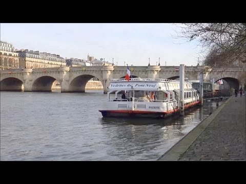 Paris ; péniche ; Pont Neuf ; la Seine ; île de la cité ; square ; vert-galant ; France
