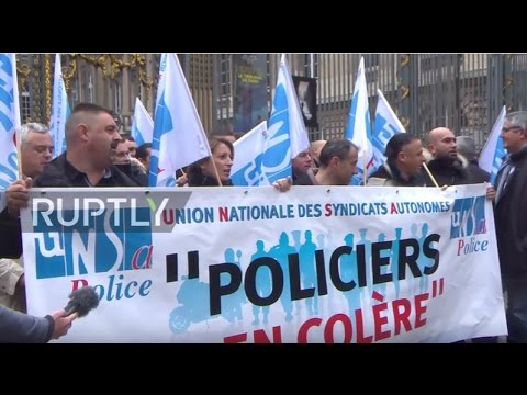 France: Police officers demand bigger budget outside Ministry of Justice