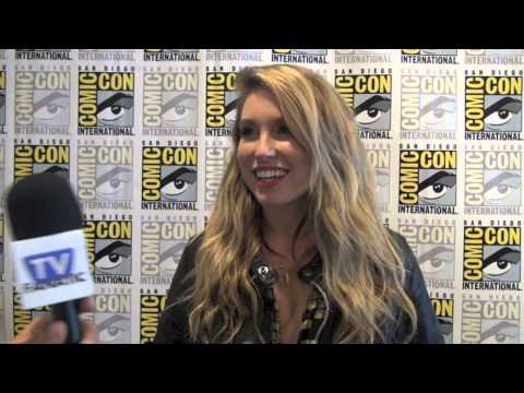 Sarah Carter Comic-Con Interview: Falling Skies Scoop!