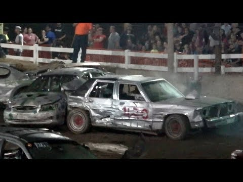 Full-Size Demolition Derby Feature $1500 TO WIN | Oxford County Fair 2017