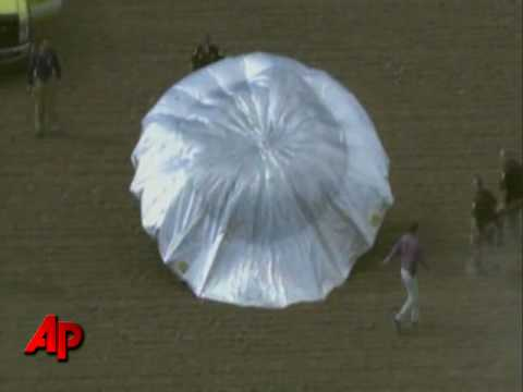 Raw Video: Homemade Balloon Aircraft Lands