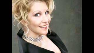 DiDonato in Madrid 10 - Beethoven - Arietta assai seriosa: Che fa il mio bene?