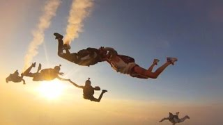 Couple exchanges vows while skydiving