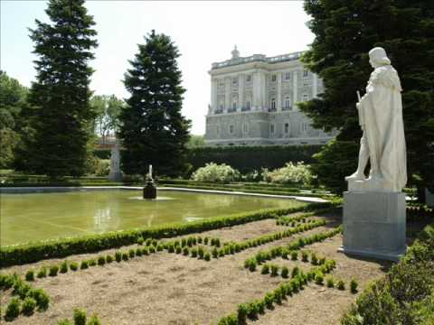jardines del palacio real de madrid youtube