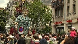 """Les """"Géants"""" de Royal de Luxe débarquent à Nantes - 07/06"""