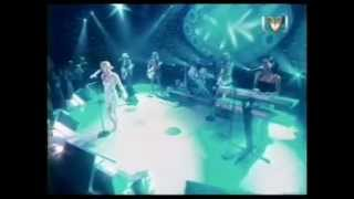 Geri Halliwell - Circles Round the Moon Live CDUK.mpeg