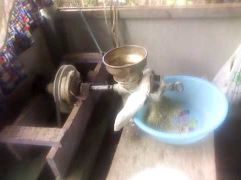 Maquina casera de moler maiz youtube - Maquina de palomitas casera ...