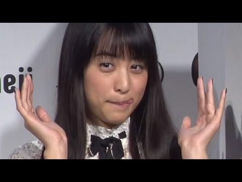 """山本美月の""""テヘペロ""""顔がキュートすぎる!「Simeji」新CM発表会2 #Mizuki Yamamoto #Shingo Fujimori"""