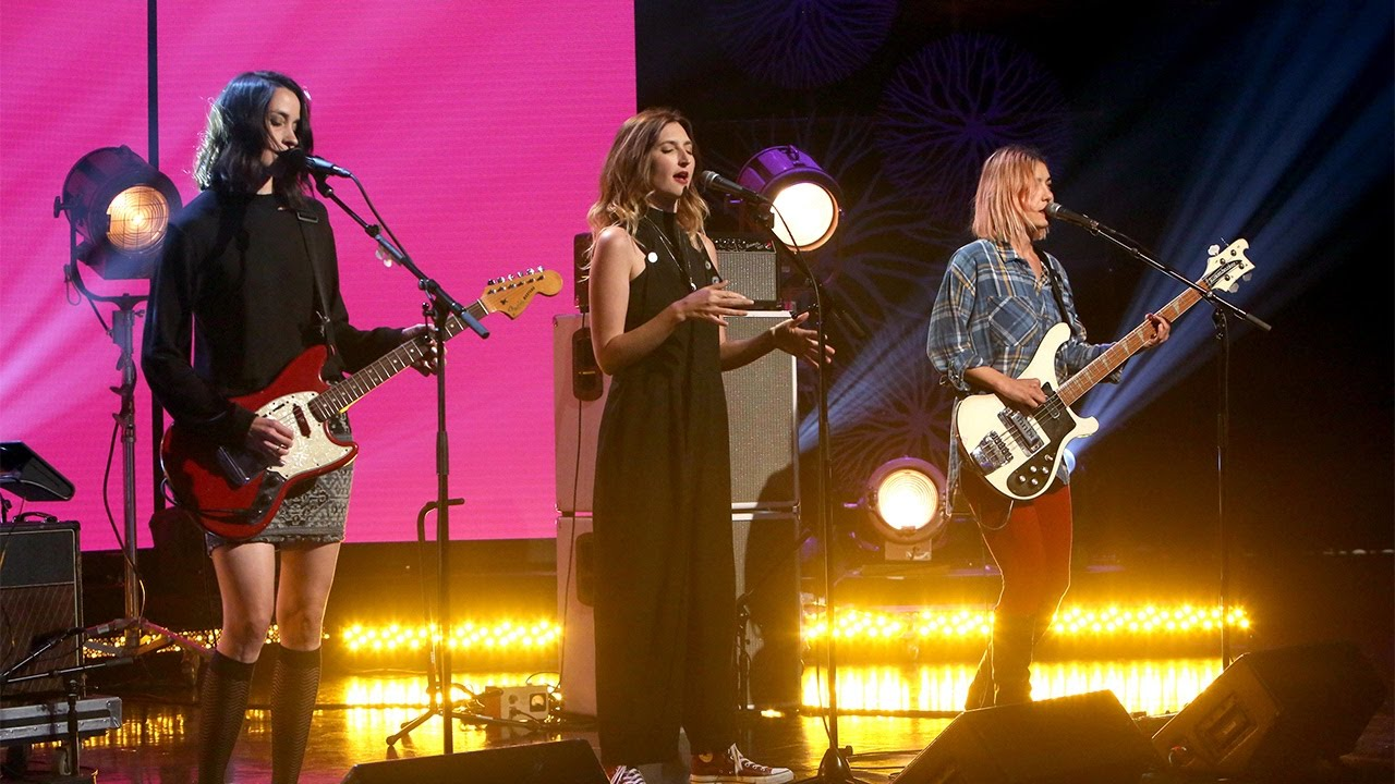 Download Warpaint Performs 'Whiteout'
