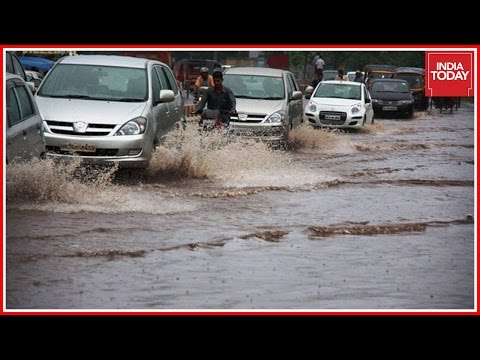 Heavy Rainfall Submerges Roads In Bengaluru