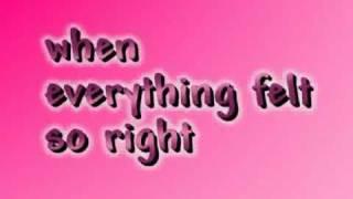 Midnight Bottle - Colbie Caillat (lyrics)