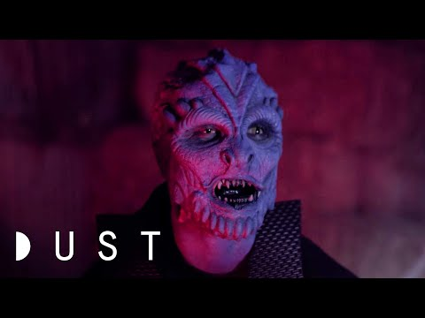 """Sci-Fi Short Film: """"Down To Earth"""" 