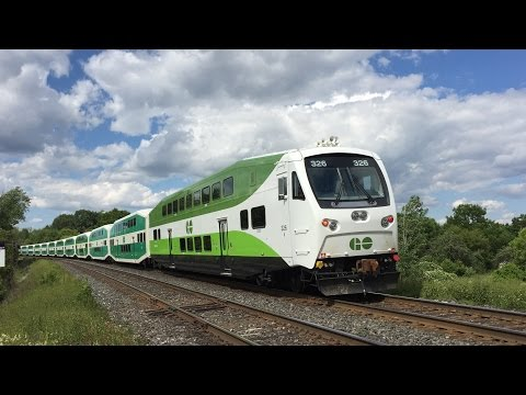 GO Transit & VIA Rail HD 60fps: Lakeshore East Line Trains @ Rodd Avenue Grade Crossing 7/2/16