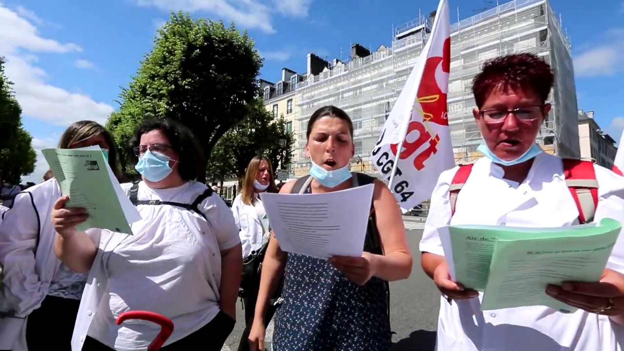 Pau: près de 300 personnes dans la rue pour défendre les soignants