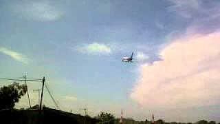 Video Sriwijaya Air Take-off.3GP download MP3, 3GP, MP4, WEBM, AVI, FLV Mei 2018
