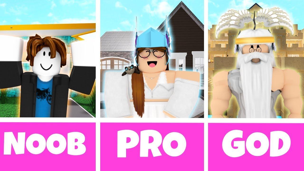 Roblox Noob Vs Pro Vs God Builder In Bloxburg Youtube