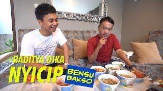 The Onsu Family - Raditya Dika Suka Bensu Bakso