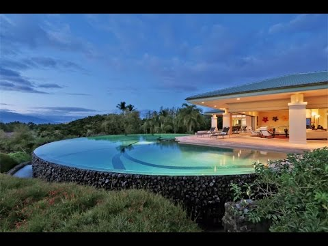 Magical Estate with Ocean Views in Wailea, Hawaii