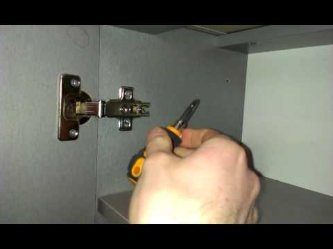Как отрегулировать дверь в шкафу