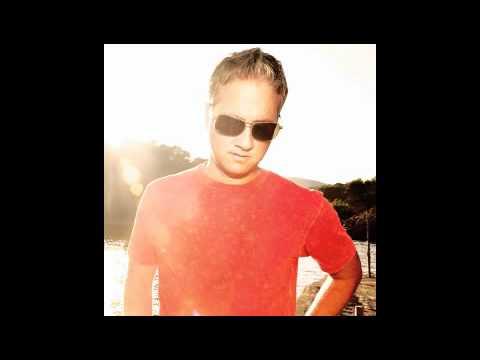 Robbie Rivera feat. Lizzie Curious-Departures-electro mix