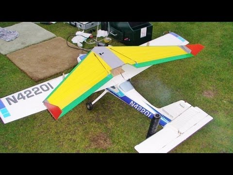 RC PLANE CRASH VERTICAL - THUNDER TIGER CESSNA CARDINAL 177 WITH PIGGYBACK ZAGGI