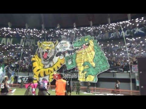 Merinding.!! Anthem Song For Pride beradu dgn Koreo bonek dan viking | Stadion GBT Sby