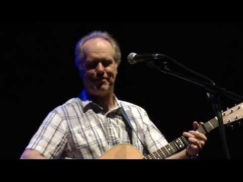 Louden Wainwright III live in Liverpool 7/5/13: Being a Dad