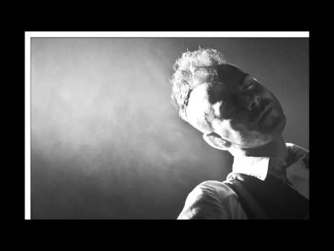 Asaf Avidan - A Gun And  A Choice