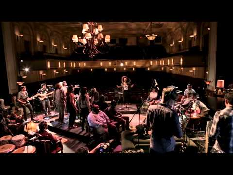 snarky-puppy-feat-chantae-cann---free-your-dreams-(family-dinner---volume-one)