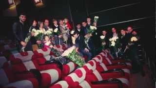 Предложение руки и сердца в кинотеатре