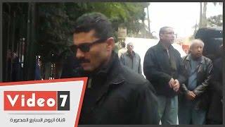 خالد النبوى يشارك فى جنازة الشاعر الكبير سيد حجاب