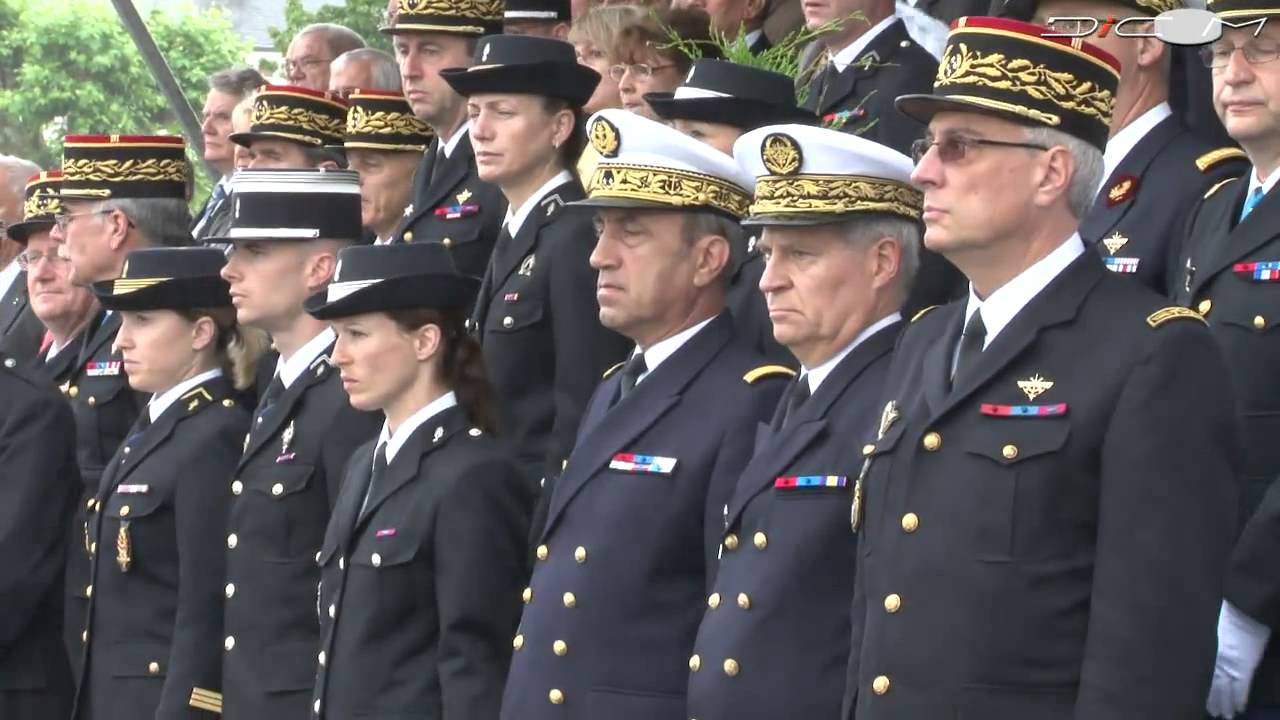 c u00e9r u00e9monie de fin de scolarit u00e9  u00e0 l u0026 39 ecole des officiers de la gendarmerie nationale