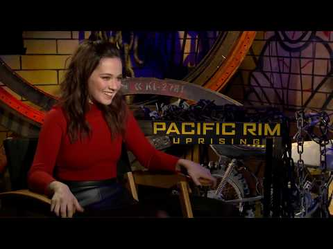 Cailee Spaeny Talks About Her FIRST Major Film, PACIFIC RIM