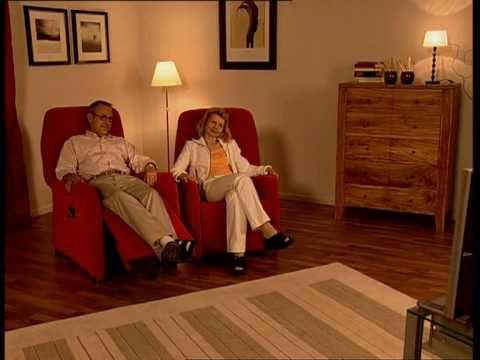 beta line fernsehsessel mit elektrischer aufstehhilfe hukla youtube. Black Bedroom Furniture Sets. Home Design Ideas