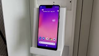 Google Pixel 3 Hands On With AI Call Screening - HotHardware