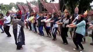 20150509 tortor batak toba dance at huta siallagan 1 maumere gemu famire