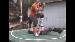 Wrestlefezt 8 - Eric Douglas vs Kenny Storm