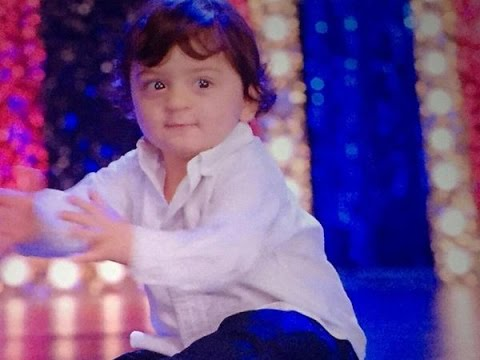 AbRam Khan in Happy New year movie with Shah Rukh Khan ...