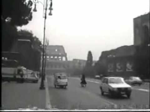 イタリアの軽三輪車? Tricar in Rome