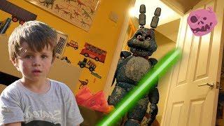 Before real fnaf bonnie vs kids - Toby's LightSaber skills