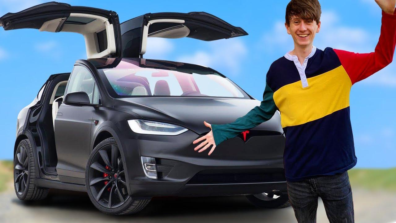 I got to drive a £120,000 Tesla Model X Ludicrous Performance!