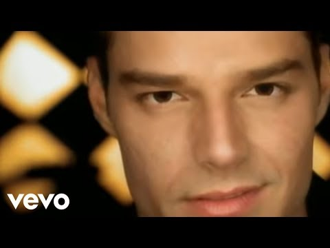 Ricky Martin - Livin' La Vida Loca (Spanish) (Official Video)
