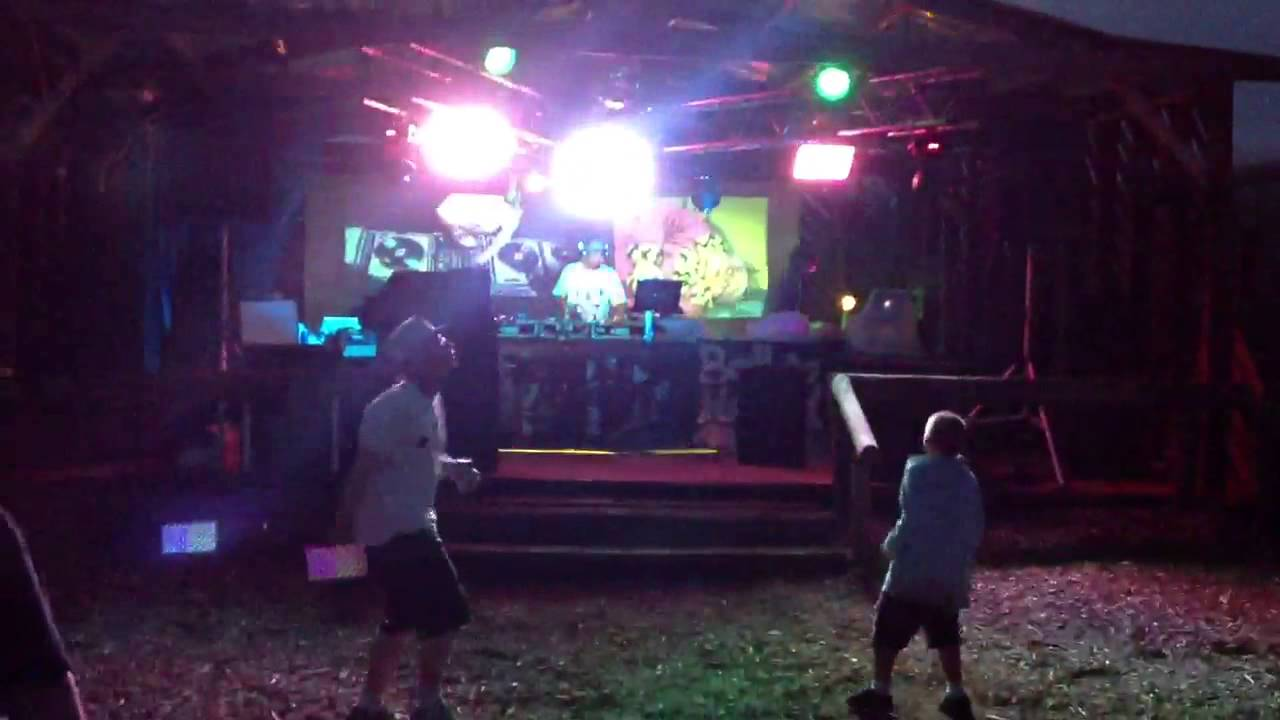 dj ron gotti bassin backyard river raggeta youtube