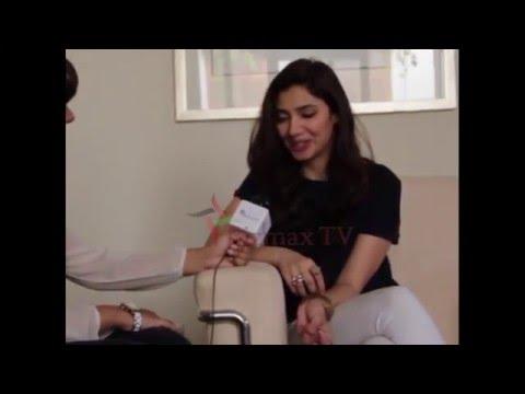 Mahira Khan Singin song Dil Pagla