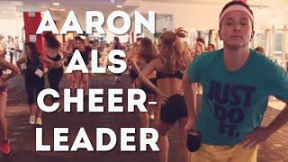 Mädels auschecken beim Cheerleader-Casting der Alba Dancers Berlin